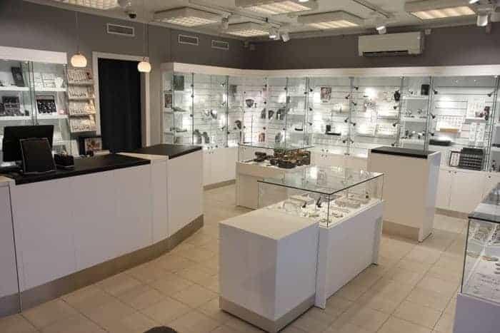 Bugge & Authen - Butikker