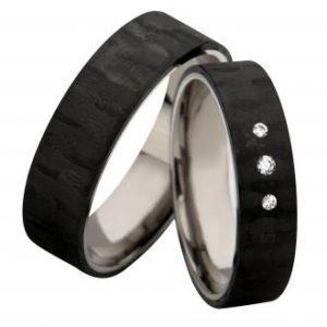 Forlovelsesring/giftering i carbon og titan